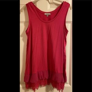 NWOT Daisy Fuentes hot pink long tank top.